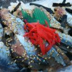 心配の種の秋刀魚刺身弁当